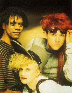 462pxthompson_twins_love_on_your_si